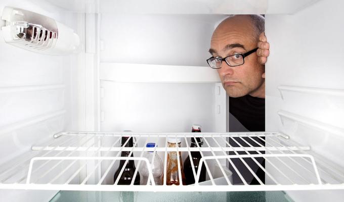 cara mendinginkan air di freezer